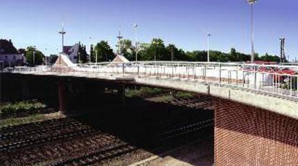 2-Feld Brücke über 9 Gleise | Königsbrücke in Löhne