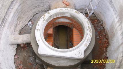 Baugrubenverbau mit Spritzbeton in einer Tiefe von ca. 8,50 m | Schachterneuerung und -neubau Minden, 2. BA